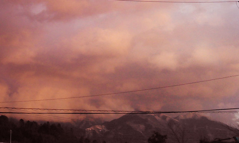 綿向山と夕焼け雲